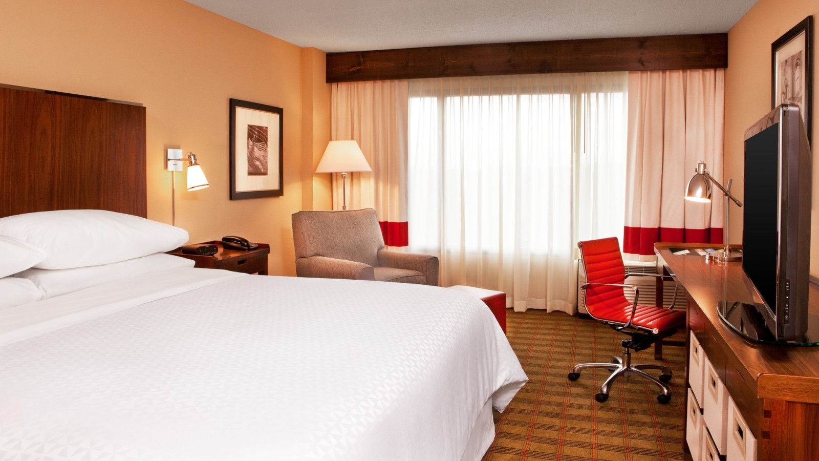 Brentwood Accommodations - King Room